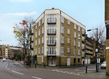 Thumbnail 1 bed flat to rent in Garnet Street, Wapping
