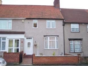 Valence Wood Road, Dagenham RM8. 3 bed terraced house
