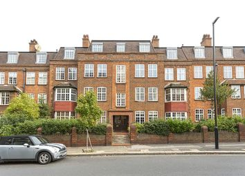 Thumbnail 2 bed flat to rent in Leigham Avenue, London