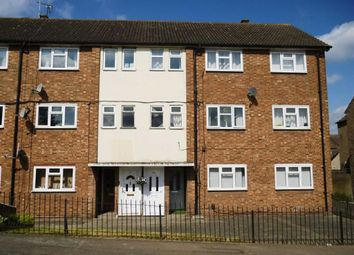 Thumbnail 2 bed flat to rent in Kent Road, Grays
