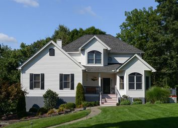 Thumbnail Property for sale in 129 Cardinal, Hyde Park, New York, United States Of America