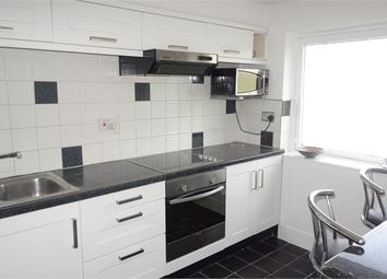 Thumbnail 1 bedroom flat to rent in Warminster Road, London