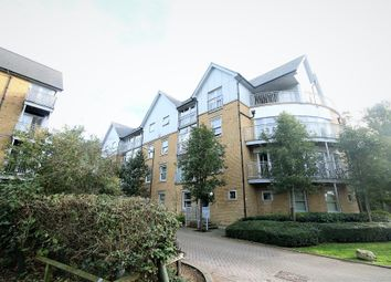 3 bed flat to rent in St Andrews Close, Canterbury, Kent CT1