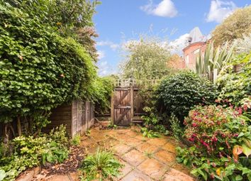 Thumbnail 3 bed property to rent in Whellock Road, Chiswick