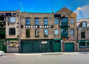Thumbnail 4 bed mews house to rent in Narrow Street, Limehouse