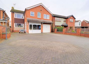 4 bed detached house for sale in Lower Penkridge Road, Acton Trussel, Stafford ST17