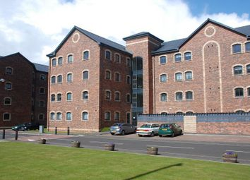 Thumbnail 2 bed flat to rent in James Watt Way, Greenock
