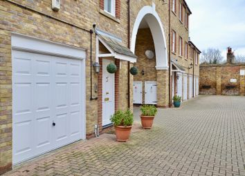 Thumbnail 2 bed flat for sale in Carmichael Mews, Wandsworth