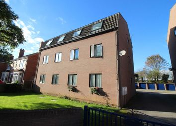 Thumbnail 2 bed flat to rent in Shadyside, Doncaster