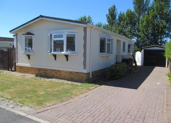 Thumbnail 2 bed mobile/park home for sale in Dodwell Park (Ref 5941), Stratford Upon Avon, Warwickshire