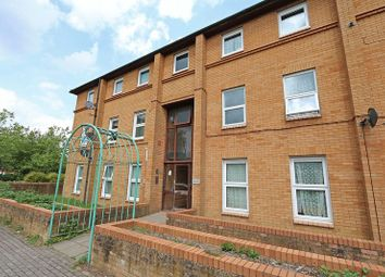 Thumbnail 2 bed flat for sale in Kernow Crescent, Fishermead, Milton Keynes