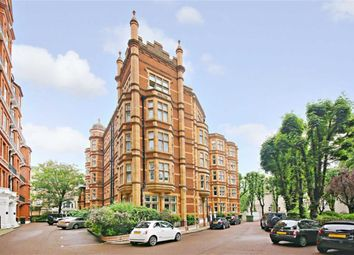 Thumbnail 5 bed flat to rent in Hyde Park Gate, Kensington, London