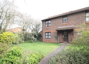 1 bed flat to rent in Bainton Mead, Woking GU21