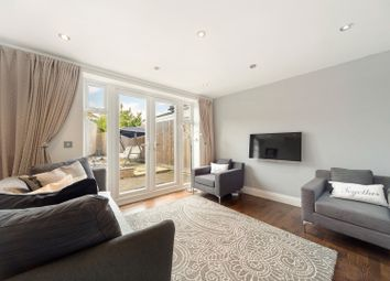 Elers Road, Ealing W13. 2 bed detached house