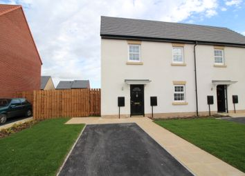 Thumbnail 2 bed town house to rent in Wingreen Way, Featherstone, Pontefract