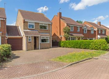 Thumbnail 3 bed link-detached house for sale in Beauvoir Drive, Kemsley, Sittingbourne
