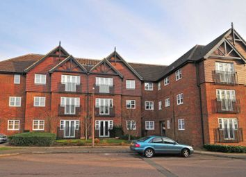 Thumbnail 2 bed flat to rent in Newbury Road, Worth, Crawley