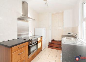 Thumbnail 3 bedroom flat to rent in Modern, Well Presented Three Bedroom Flat, Whitehall Road, Gateshead