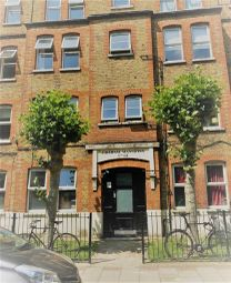 Thumbnail 2 bed flat to rent in Sylvester Road, London