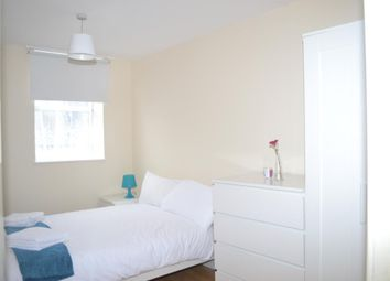 Thumbnail Room to rent in 46 Brittania Street, London
