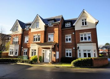 Thumbnail 2 bed flat to rent in Reigate Hill, Reigate