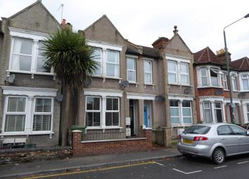 Thumbnail 1 bed flat to rent in Woolwich Road, Bexleyheath, Kent