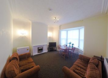 5 bed shared accommodation to rent in Doncaster Road, Wakefield WF1