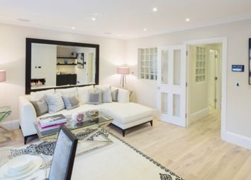 Thumbnail 2 bed flat to rent in Peony Court Park Walk, London