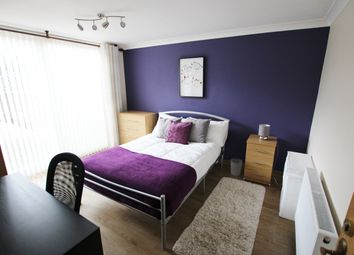 Thumbnail Room to rent in Swaledale, Bracknell, England