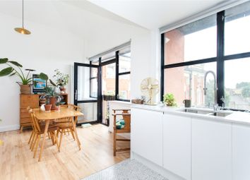 Thumbnail 3 bed flat for sale in Bradstock Road, Homerton