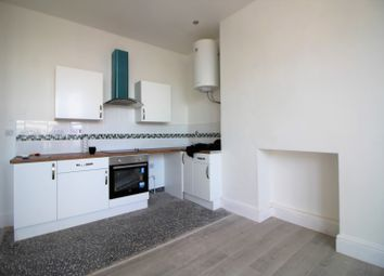 2 bed flat to rent in South Road, Waterloo, Liverpool L22