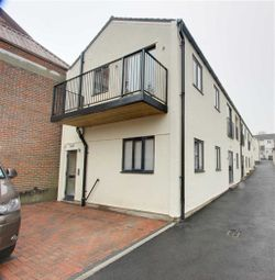 Thumbnail 1 bed flat for sale in Western Road, Tring
