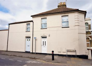 Thumbnail 1 bed flat for sale in York Avenue, Gillingham