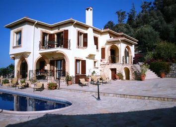 Thumbnail Villa for sale in Karsiyaka, Kyrenia, Northern Cyprus