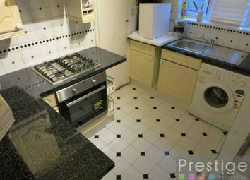 Thumbnail 2 bed flat to rent in The Crest, London
