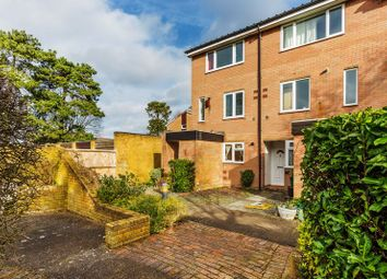 2 bed maisonette for sale in Green Acres, Croydon CR0