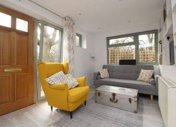 Thumbnail Room to rent in Kennel Cottages, Shendish, Hemel Hempstead