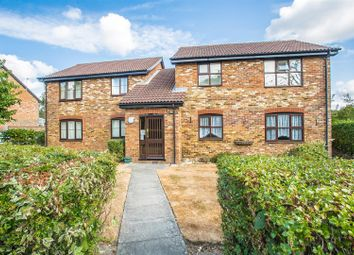 Thumbnail 1 bed flat to rent in Lower Northfield, Banstead