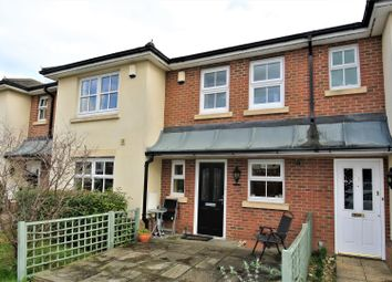 2 bed property for sale in Kings Gate, Addlestone KT15