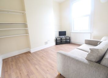 Thumbnail 2 bed flat to rent in Evering Road, Stoke Newington