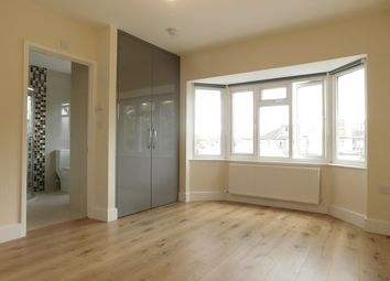Thumbnail Studio to rent in Central Avenue, Hounslow