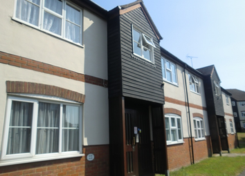 Thumbnail 2 bedroom flat to rent in Thornborough Avenue, South Woodham Ferrers