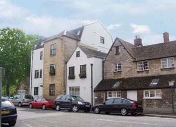 Thumbnail 1 bed flat to rent in Wickham House, Witney, Oxfordshire