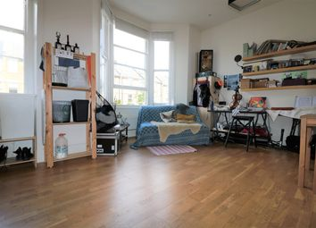 Thumbnail 2 bedroom flat to rent in Huddleston Road, Tufnell Park