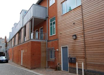 Thumbnail 2 bed flat to rent in Bucklersbury, Hitchin