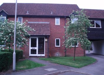 Thumbnail 1 bed flat to rent in Eeklo Place, Newbury