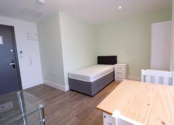 Thumbnail Studio to rent in Cardinal Street, Oldham