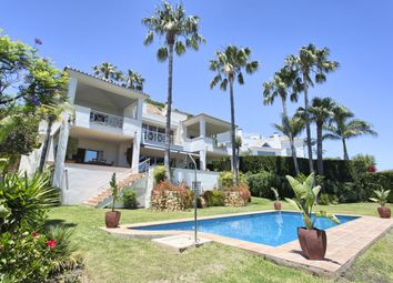 Thumbnail 4 bed chalet for sale in Rio Real Golf, Marbella, Málaga, Andalusia, Spain