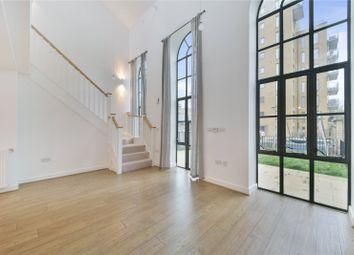 1 bed detached house for sale in Metropolis Plaza, London E3