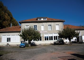 Thumbnail Retail premises for sale in Saint Mathieu, Rochechouart, Haute-Vienne, Limousin, France